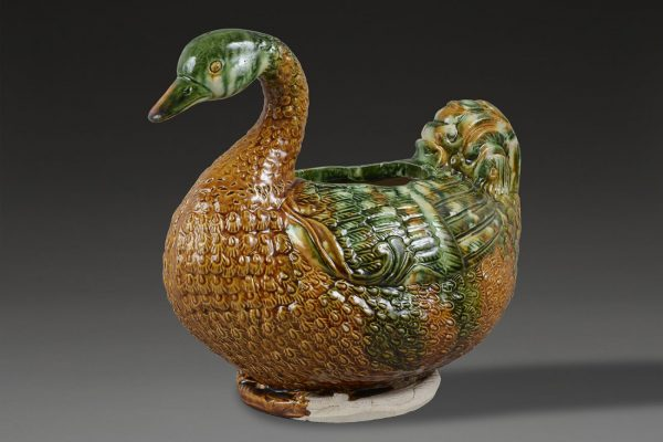 Sancai glazed duck